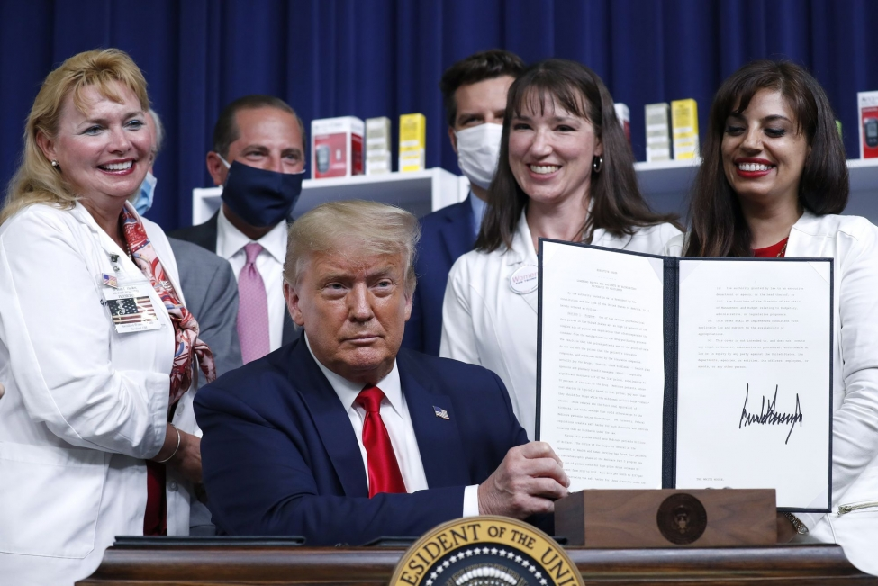 Trump signs executive order to lower drug prices