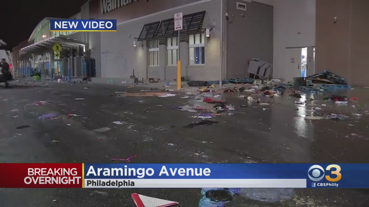 Mass chaos rioting looting Philadelphia