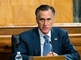 Bizarre Situation, Mitt Romney Decides to Be a Republican